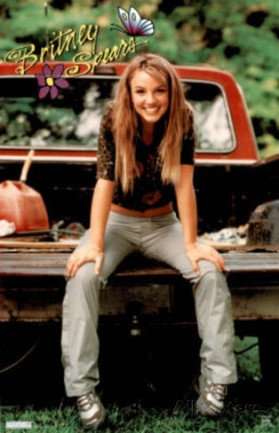 britney-spears-sitting-on-tailgate-of-truck